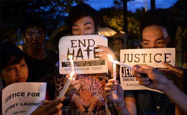 filipino_death_candle_vigil_afp_650